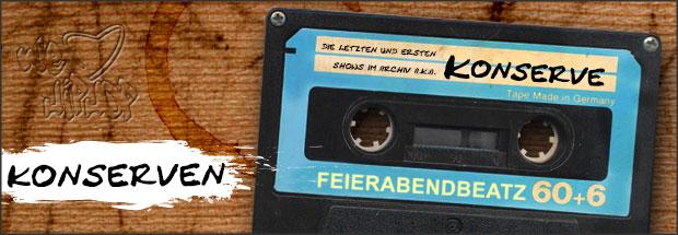 """Konserven: Feierabendbeatz Hip Hop Sendung auf Tape aufgenommen mit """"we love Hip Hop"""" in den Tisch gekratzt"""